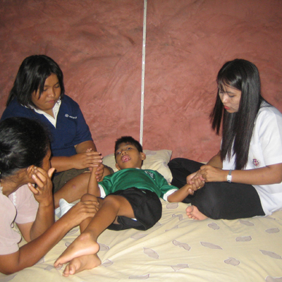 TCDF Medical Care projects in cooperation with local hospitals. Physiotherapie for children.